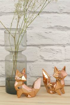 Set Of Two Copper Fox Ornaments. A gorgeous set of two origami foxes perfect for Christmas and the Autumn/ Winter months.Origami shapes are on our radar and these foxes make no exception.