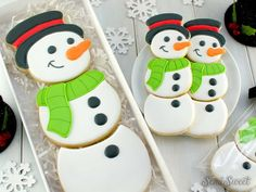 How to Make a Snowman Cookie Set - Semi Sweet Designs Snowman Cookies, Mini Cookies, Holiday Cookies, Cookie Box, Cookie Cutter Set, Plaque Design, Make A Snowman, Icing Colors, White Icing