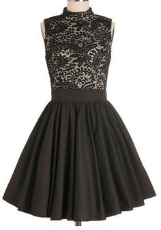 Love the lace bodice http://rstyle.me/n/igji8nyg6