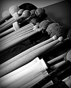 Drum sticks, mallets, and brushes as art. Band Photography, Amazing Photography, Mod Music, Jazz Instruments, Drumline, Band Nerd, Fotografia Macro, Drummer Boy, Band Pictures