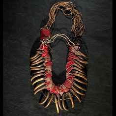 Central Plains Bear Claw Necklace From the Collection of Marvin L. Lince, Oregon (4/5/2013 - American Indian Art Auction)