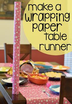 This is a super simple Easter dinner table decorating tip I always use! #HoneyBakedEaster #ad
