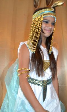 Cleopatra Costume Tutorial  sc 1 st  Poemsrom.co & Cleopatra Costume Accessories Diy | Poemsrom.co