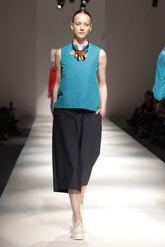 Tot-hom_SS16 #tothom #pretaporter #elegancia #modamujer #moda #fashion #desfile #ss16 #Barcelona #tendencia #model #pantalon #vestido #oversize #coloresvivo #desfiletothom