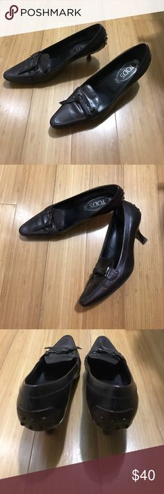 Tod's leather driving shoe tasseled heels Sz 37 Gently worn - leather driving shoe - 2 inch wooden heel - made in Italy Tod's Shoes Heels