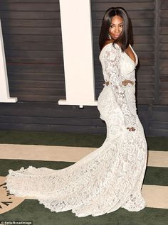 Make way! Serena commanded attention as she sashayed down the carpet...