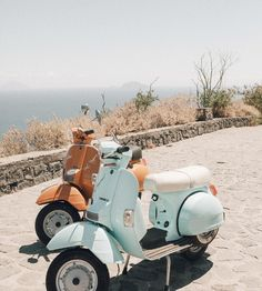 vespas on the beach. vespas on the beach. vespas on the beach. Beach Aesthetic, Summer Aesthetic, Aesthetic Vintage, Travel Aesthetic, Blue Aesthetic, Aesthetic Fashion, Photo Wall Collage, Picture Wall, Collage Walls