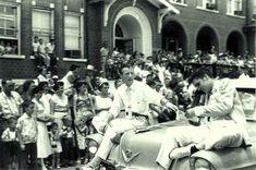 14. Elvis Presley and Jimmy Snow Elvis Presley, Meridian Mississippi, Elvis Cd, Jimmie Rodgers, Scotty Moore, Elvis Collectors, Folk Festival, Cadillac Fleetwood