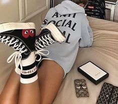Fashion Streetwear streetculture Sneaker Basket mode homme femme – Best Women's and Men's Streetwear Fashion Ideas, Combines, Tips Mode Outfits, Trendy Outfits, Fashion Outfits, Girl Outfits, Fashion Fashion, Grunge Look, Grunge Style, Streetwear Mode, Streetwear Fashion