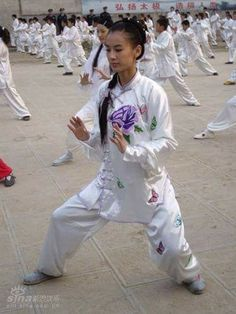 Chinese Wushu is rich and varied, it was developed by the people for self-defence. It has a long history. It has now spread throughout the world, a unique gift from China. posted by Sifu Derek Frearson Best Martial Arts, Martial Arts Styles, Chinese Martial Arts, Martial Arts Women, Qi Gong, Tai Chi Chuan, Flexibility Training, Elements Of Nature, Fifth Element