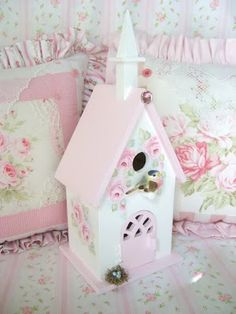 Sweet Cottage Chic Birdhouse, painted by me in 2010