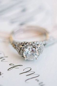 We Dare You Not To Love These 24 Vintage Engagement Rings
