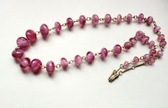 50s pink lampwork graduated glass beads necklace by Oselavy