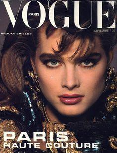 Ford models on the cover of Vogue Paris Vogue Paris, Renee Simonsen, Ali Macgraw, Candice Bergen, Carolyn Murphy, Brooke Shields, Vogue Covers, Christy Turlington, Vogue Magazine