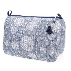 Blue Floral Wash Bag #washbag #bathroom #gift #blockprinted