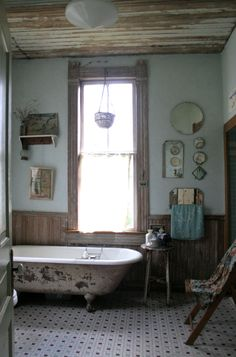 Old house bathroom - so comforting - I could be happy happy with this!
