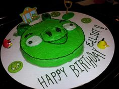Bad Piggies cake. Not bad for a novice.  The nose is a cookie.