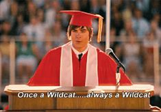 High School Musical Quotes, Hight School Musical, In High School, High School Seniors, Walt Disney Pictures, Zec Efron, Troy Bolton, Phineas Y Ferb, Zack E Cody