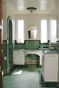 :: Apartment Therapy, Art Deco Bathroom, Bathroom Ideas, 1920s Bathroom, Art Deco Kitchen, Life Kitchen, Bathroom Trends, Red Kitchen, Kitchen Tiles