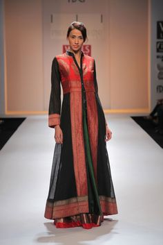 Priyadarshini Rao Kurta Designs Women, Blouse Designs, Frock Fashion, Fashion Outfits, Fashion Hacks, Indian Designer Outfits, Designer Dresses, Anarkali Dress, Lehenga