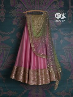 indo western salwar suit online shopping, wedding wear bridal suit on sale, buy online latest trendy party wear salwar in usa, buy online weddng wear suit in london Indian Attire, Indian Ethnic Wear, Dress Indian Style, Indian Dresses, Indian Wedding Outfits, Indian Outfits, Pink Lehenga, Anarkali Lehenga, Woman Clothing