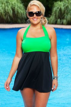 With a bit of a retro flair and a sexy style, it's no surprise that many women love the look of a classic swim dress. Find the perfect fit for your figure when you shop for a stylish plus-size swim dress at Always for Me. Women's Plus Size Swimwear, Best Swimwear, Trendy Swimwear, 1920s Swimsuit, Swimsuit Cover, Moda Xl, Plus Size Online, Outfits Plus Size, Summer Outfits