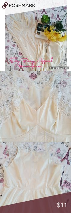 """NIGHT GOWN 🌸 SUMMER Really nice night gown 🌸 gentle used 🌸armpit to armpit 12"""" 🌸shoulder down 53"""" 🌸 2 spots photoed Intimates & Sleepwear Pajamas"""