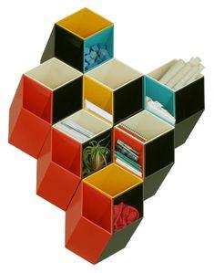 Neo Mamis: Prateleira geométrica