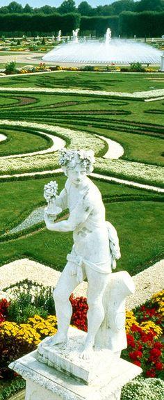 Herrenhauser Gardens. Lower District Hanover.  GERMANY    (Naturlich muss ich nochmal dahin gehen :)