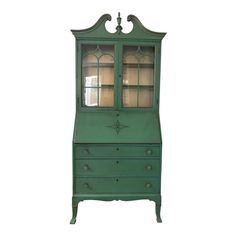 Green Painted Furniture, Paint Furniture, Furniture Makeover, Furniture Design, Chair Makeover, Distressed Furniture, Painted China Cabinets, Painted Hutch, Chalk Paint Hutch