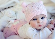 Cute girl names for adorable pretty baby girls! Find out name meanings and origin of super cute baby names for sweet girls! The Babys, Cool Baby, Baby Kind, Pretty Baby, Cute Girl Names, Baby Names, Little Babies, Cute Babies, Cutest Babies Ever