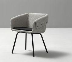 Chaise contemporaine / avec accoudoirs / tapissée / en métal COLLAR by Skrivo SANCAL