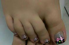 Pedicure Designs, Pedicure Nail Art, Toe Nail Designs, Toe Nail Art, Pretty Toe Nails, Cute Toe Nails, Toenail Polish Designs, Feet Nail Design, Cute Pedicures