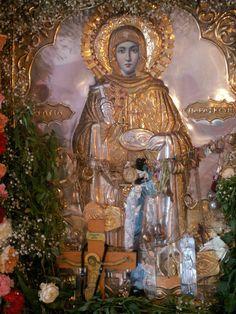 Agia Paraskevi Orthodox Catholic, Russian Orthodox, Orthodox Christianity, Catholic Saints, Day Of Pentecost, Greek Icons, Sign Of The Cross, Orthodox Icons, I Icon