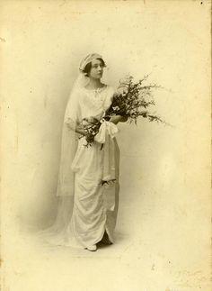 Clara Carlotta (Tita) Carey and Charles Jerome Winton Higgins. 1914