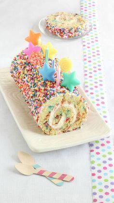 Cake Roll Confetti Cake Roll - so cute!Confetti Cake Roll - so cute! Cake Roll Recipes, Quick Dessert Recipes, Easy Desserts, Delicious Desserts, Cookie Recipes, Awesome Desserts, Healthy Desserts, Appetizer Recipes, Healthy Recipes
