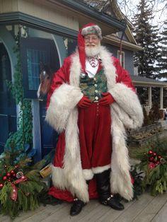 A real Santa from Orangeville, Ontario Father Christmas, Santa Christmas, Vintage Christmas, Christmas Sewing, Christmas Stuff, Santa Pictures, Christmas Pictures, Santa Claus Images, Santa Clause