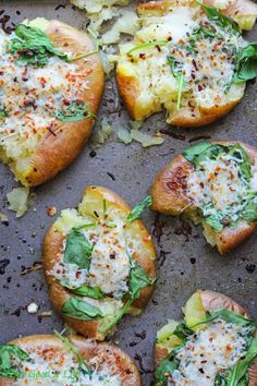 CHEESY SPINACH SMASHED POTATOES