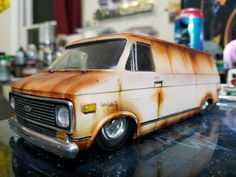 Lowrider Model Cars, Lowrider Trucks, Chevy Trucks, Weather Models, Model Cars Building, Hobby Cars, Military Jeep, Chevy Van, Mini Bus