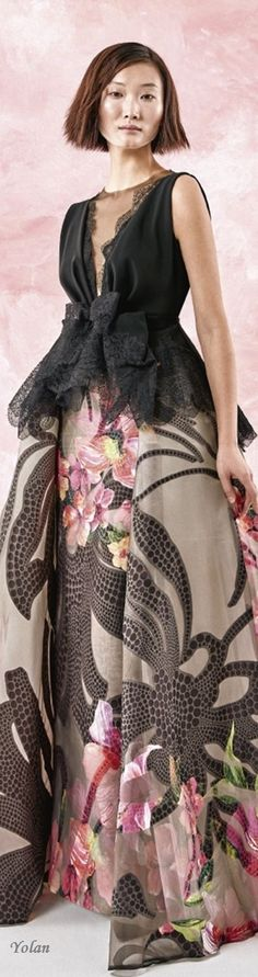 Spring 2017 Ready-to-Wear Yolan Cris