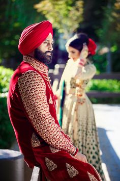 Indian Couple | Photography by Deo Studios