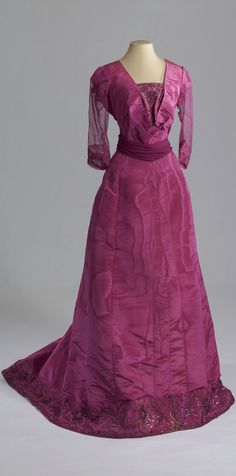 Evening dress, Russia, c. 1909. Moire, chiffon, gauze, rhinestones, beads, sequins. Collection of State Hermitage Museum.