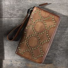 Handmade leather vintage men rivet women long wallet clutch phone purs | Evergiftz