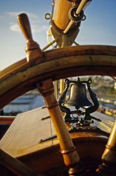 At the helm of a sailboat♡ Yacht Fashion, Boat Fashion, Catamaran, Sea Captain, Yacht Interior, Love Boat, Sail Away, Set Sail, Wooden Boats