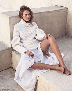 Jessica Alba for The Edit by Net-A-Porter (November 2015). #jessicaalba