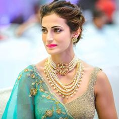 Shilpa Reddy in Pearls Choker and Haram - Indian Jewellery Designs Pearl Choker, Pearl Jewelry, Bridal Jewelry, Gold Jewellery, Jewlery, Crystal Jewelry, Diamond Jewelry, Pearl Necklaces, Dainty Jewelry
