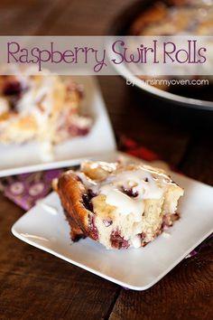 Raspberry Sweet Rolls | bunsinmyoven.com