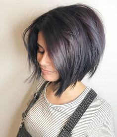 25 Short Hairstyles: The Best Short Haircuts Of The Best Short Haircuts Of 2020 Currently, super stylish women do not choose haircuts such as bob or pixie. Of course, these hairstyles are fashionabl. Latest Short Haircuts, Inverted Bob Haircuts, Short Hairstyles For Thick Hair, Medium Bob Hairstyles, Short Hair Cuts For Women, Hairstyles Haircuts, Curly Hair Styles, Hairstyles Pictures, Wedding Hairstyles