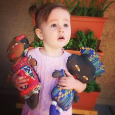 Kate with her new Amara and Angelina Dolls  #cutnsew #patterns #spoonflower #spoonflowered #thowardesigns #textiledesign #pattern #mexico #africa #doll #kids http://www.spoonflower.com/profiles/tiffanyhoward