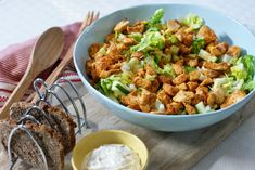 Spicy kyllingsalat – Berit Nordstrand Norwegian Food, Norwegian Recipes, Cooking Recipes, Healthy Recipes, Healthy Food, Frisk, Chicken Salad, I Love Food, Food Inspiration